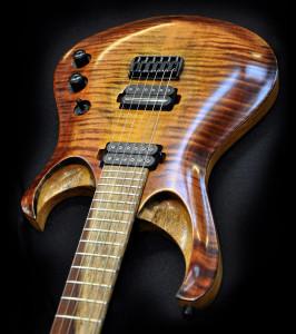 MMG Custom Guitars - Cthulhu model (3)